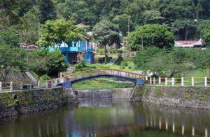 tempat wisata yang menyenangkan di kaliurang gunung merapi tlogo putri