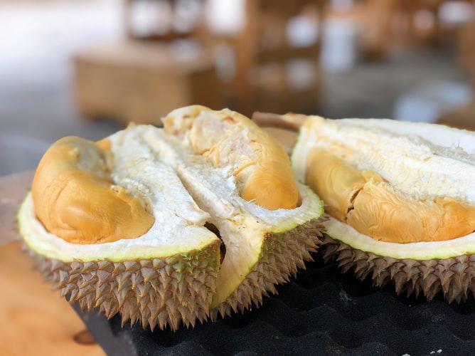 cara memilih durian yang manis