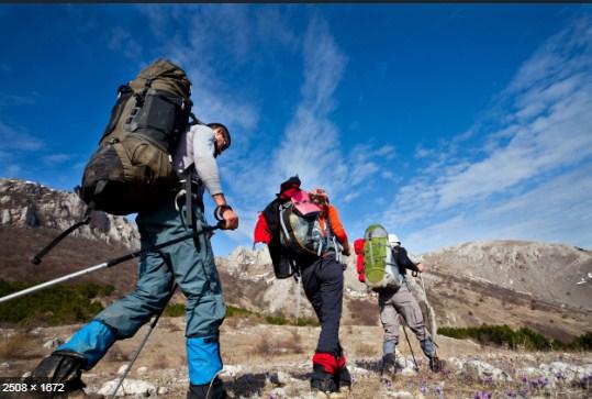 gunung-dengan-jalur-pendakian-termudah